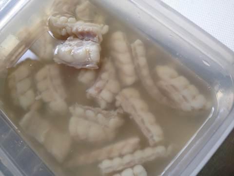 カスベのぬた調理中6