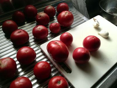 自家製トマトソース用トマト1