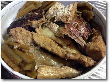 鯛のアラ炊き1