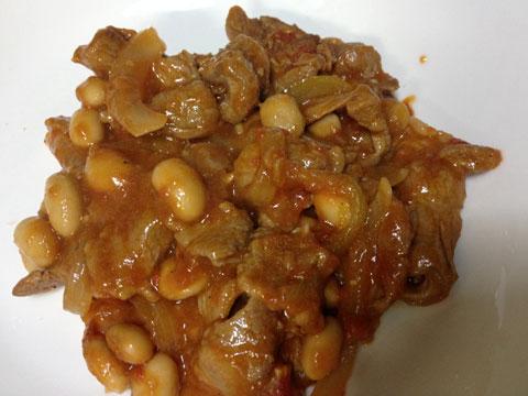 ラム肉と豆のトマト煮