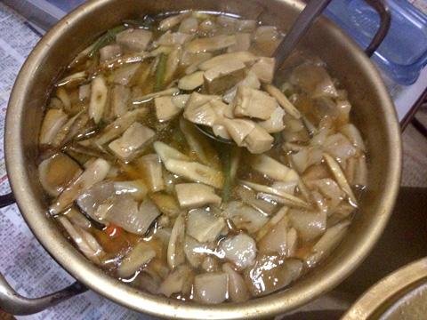 大鍋くじら汁2