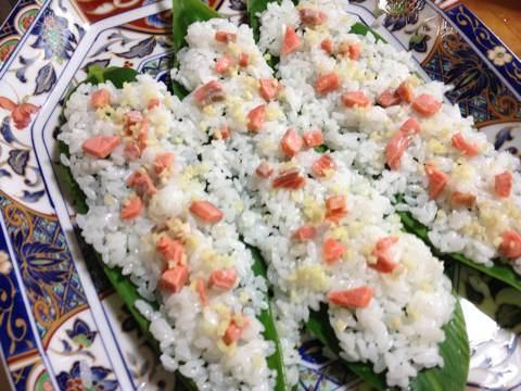鮭と鰊でつくる笹寿司2