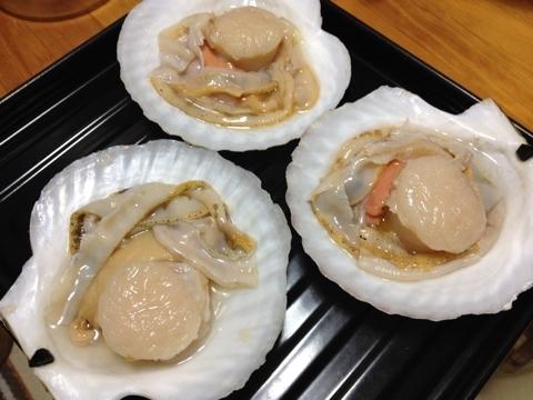 殻付き大粒ホタテ焼き1