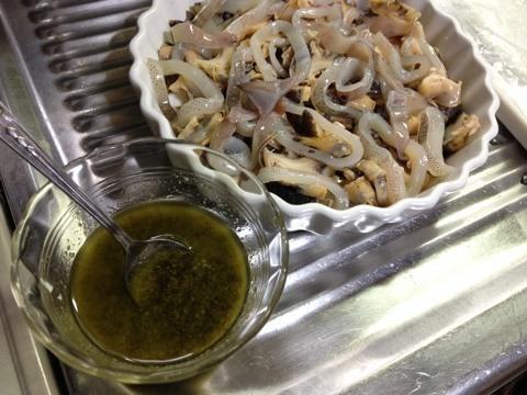 ツブとイカのオーブン焼き(バジル風味)2