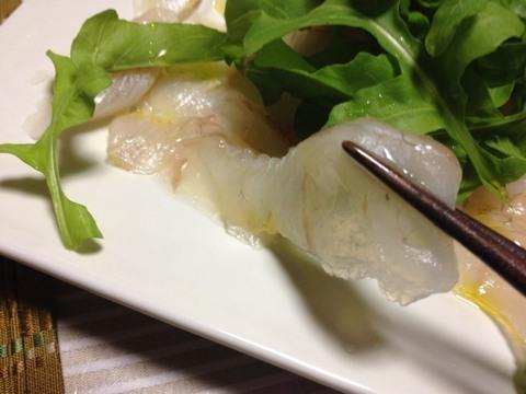ヒラメの刺身を塩とオリーブオイルで3