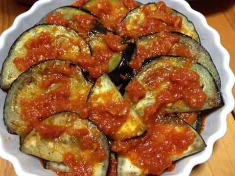 米ナスの自家製トマトソースとチーズのグラタン2